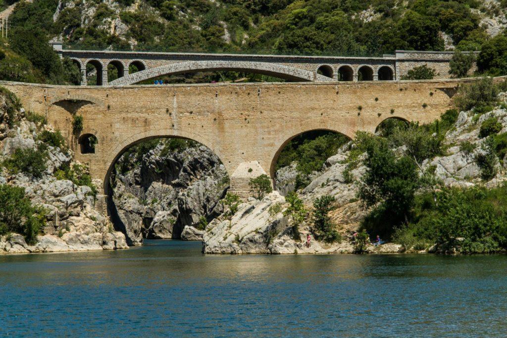 Le Pont du Diable est un lieu de légende dans l'Hérault