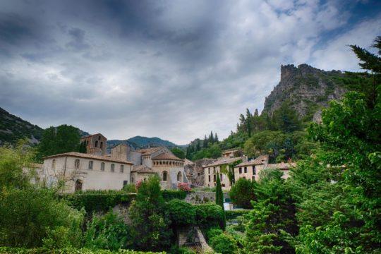 Saint Guilhem Le Désert Gorges