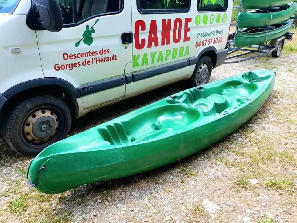 Le canoe Tarka est notre modèle 2 à 3 place chez Kayapuna